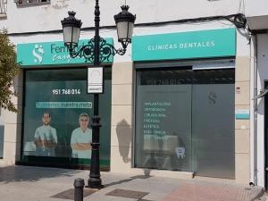 clinica dental fernandez y casquero